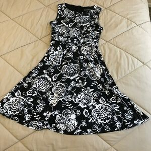 Jessica Howard Dress Women Size 4